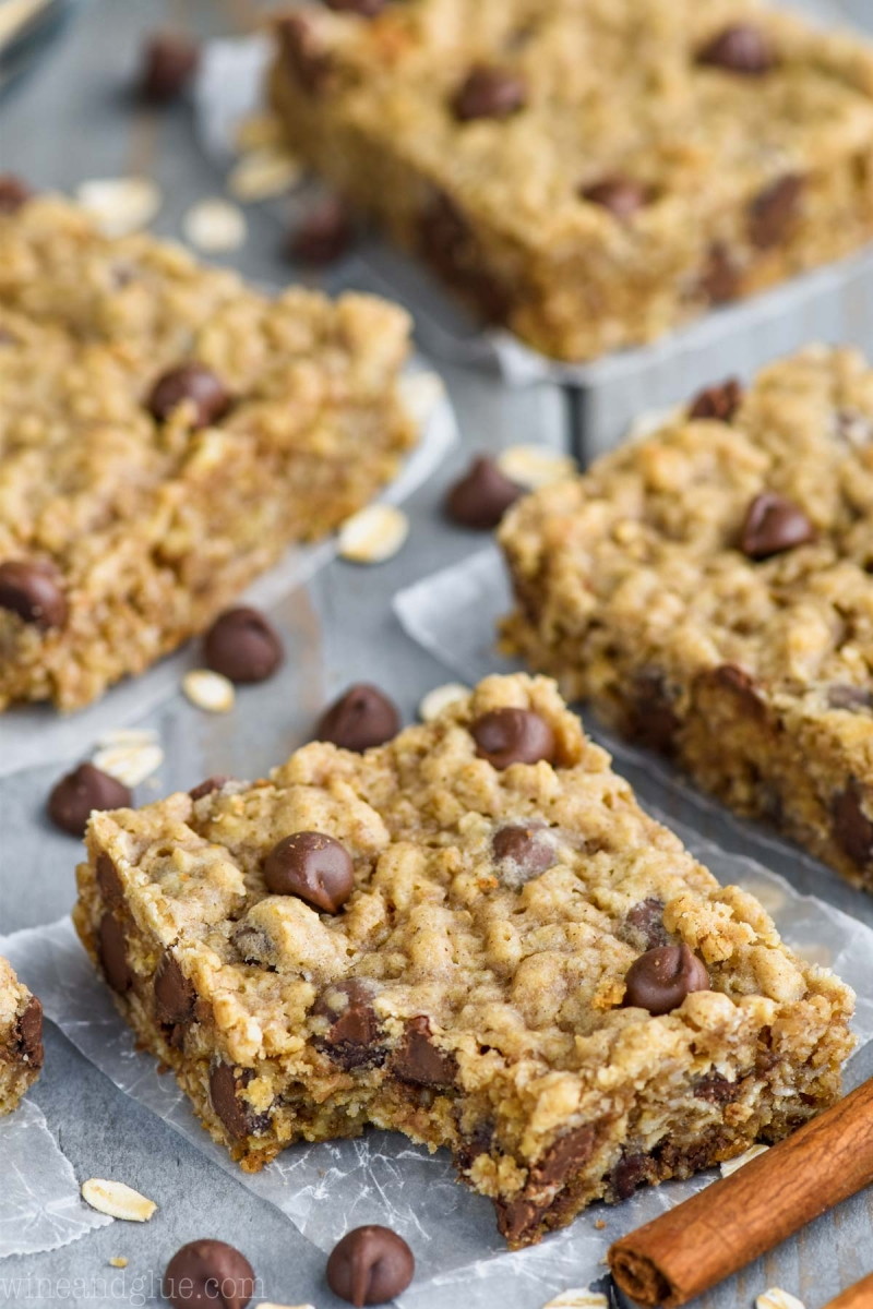 Kathy's Chocolate Chip Oatmeal Bars