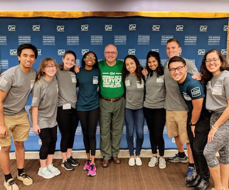 Lending a hand at Freshman Day of Service | Presidential